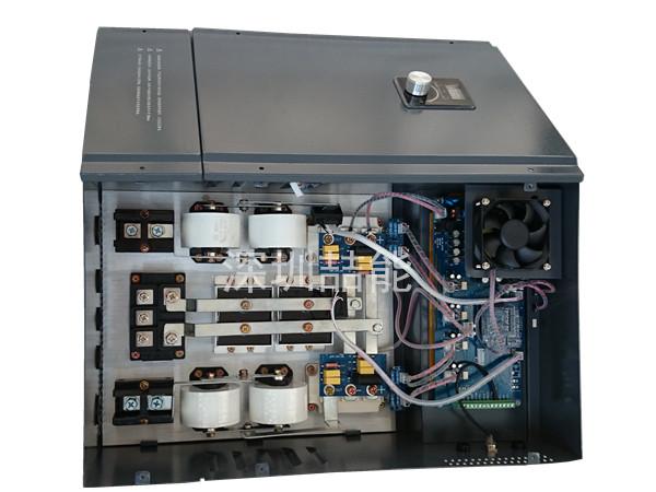 我们在使用电磁加热器的时候会考虑到应该使用多大的电感量。不同电磁加热器所需的感量是不一样。深圳喆能电子技术有限公司专注多年电磁加热技术,生产2kw-120kw电磁加热器,工业电磁感应加热器,应对不同环境下的工业节能加热。那么50kw电磁加热器所需感量是多少呢?  电磁加热器在不同的加热距离所需的感量是不一样的。不同的加热距离不同的加热材质,所需的电磁加热器的感量也会有所区别。在参考距离为1cm的时候,50kw电磁加热器的所需感量大概有150uh。不同牌子数字电桥在不同温度时测出来的感量也会有所区别,所在尽